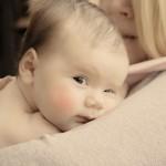 【病気?】赤ちゃんの頭だけに大量の汗!!その理由と対策法